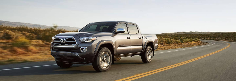 2017-Toyota-Tacoma-2